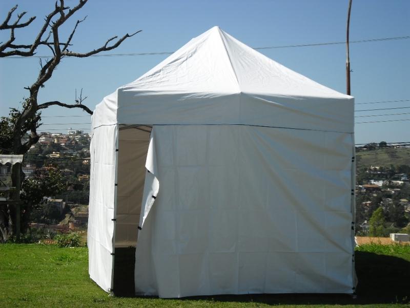Tenda Sanfonada em Alumínio